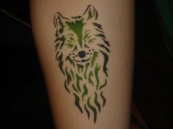 Tribal Wolf Green Watercolor Leg