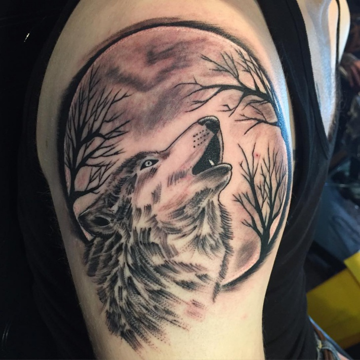 Men Wolf Tattoo Howling Moon