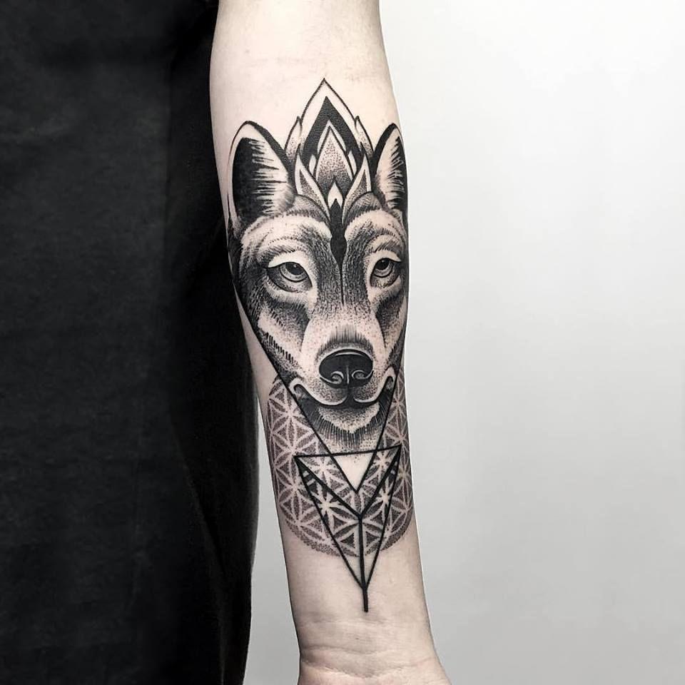 Women Wolf Tattoo Arm Geometric