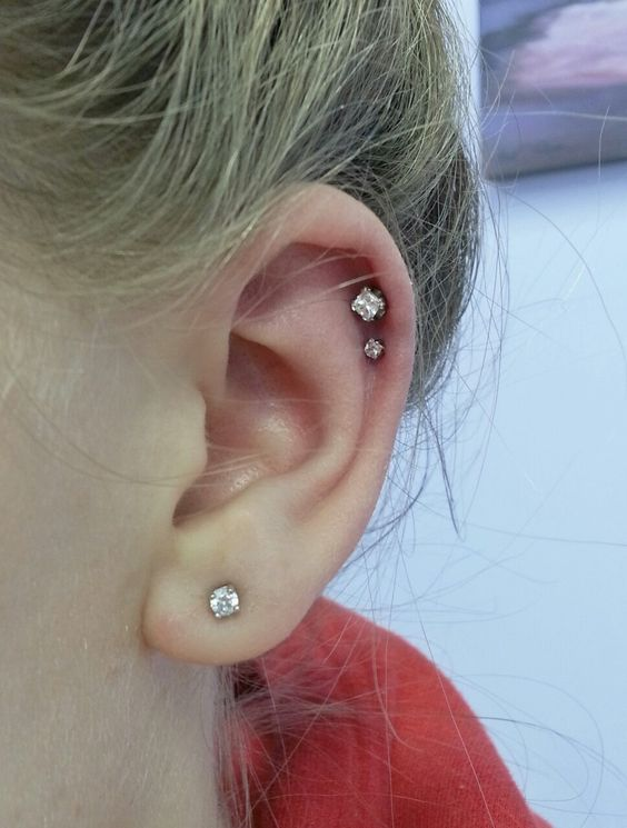 fancy stone helix piercing