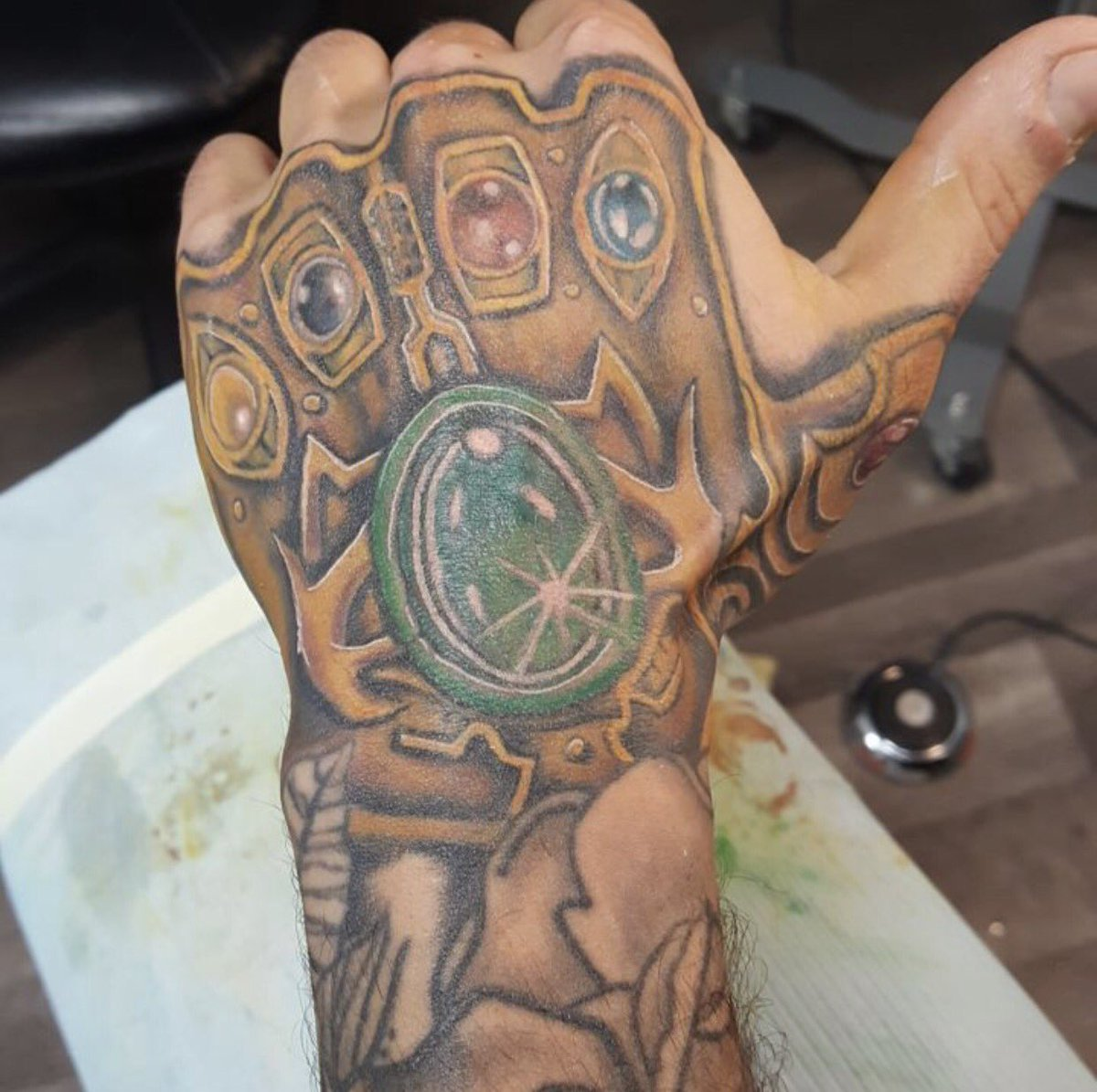 gauntlet thanos tattoo