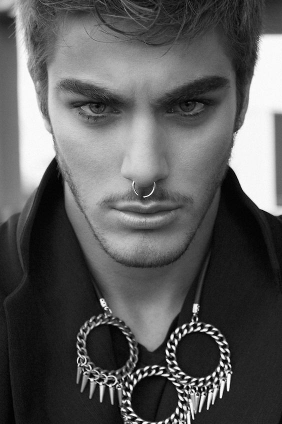 male septum piercing