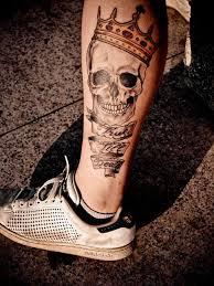 men skull tattoo leg 1