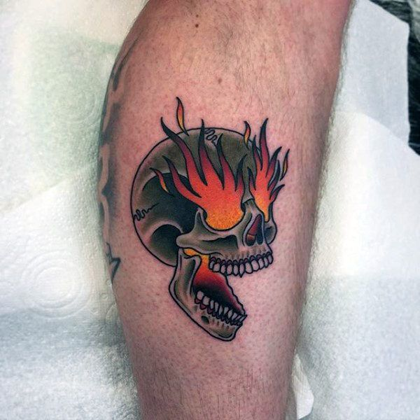 neotraditional skull tattoo leg 3