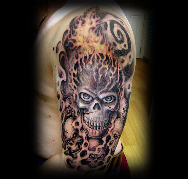 traditional skull tattoo sleeve 1