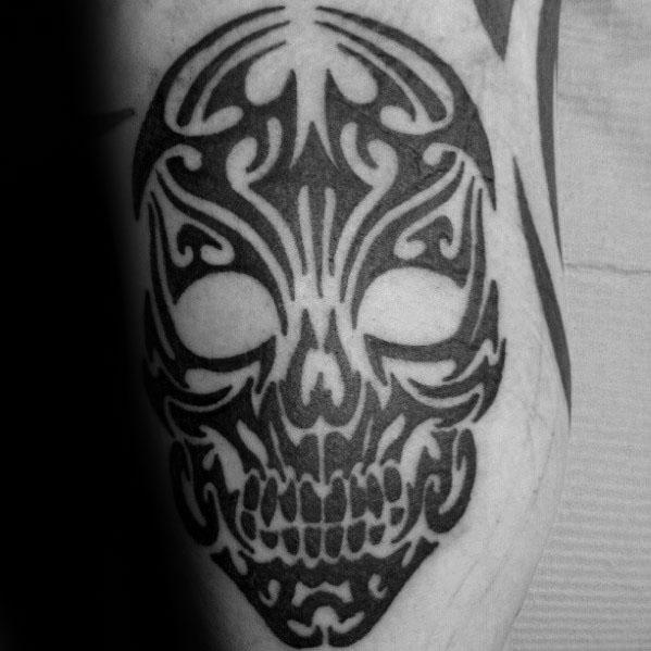tribal skull tattoo leg 3