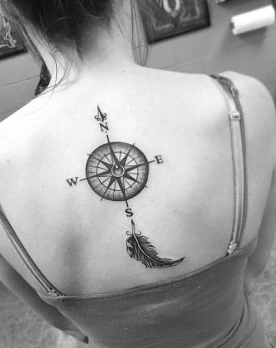 women compass tatoo back 3