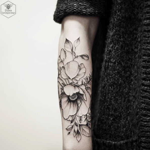 women forearm tattoo 2