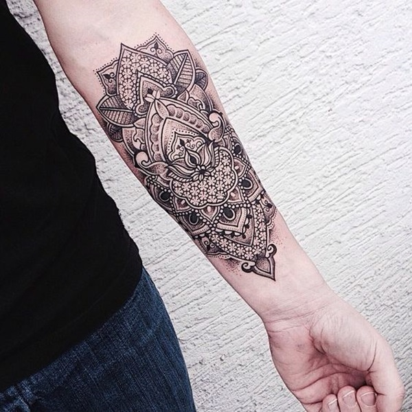 women geometric tattoo arm 1