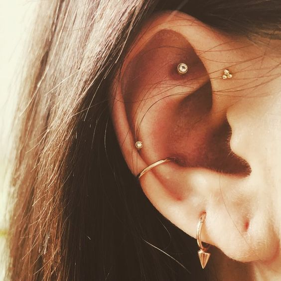 simple conch piercing