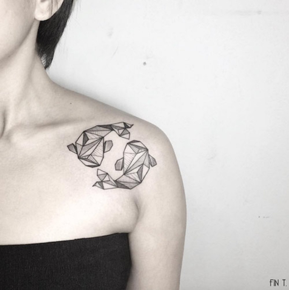 pisces tattoo collarbone women
