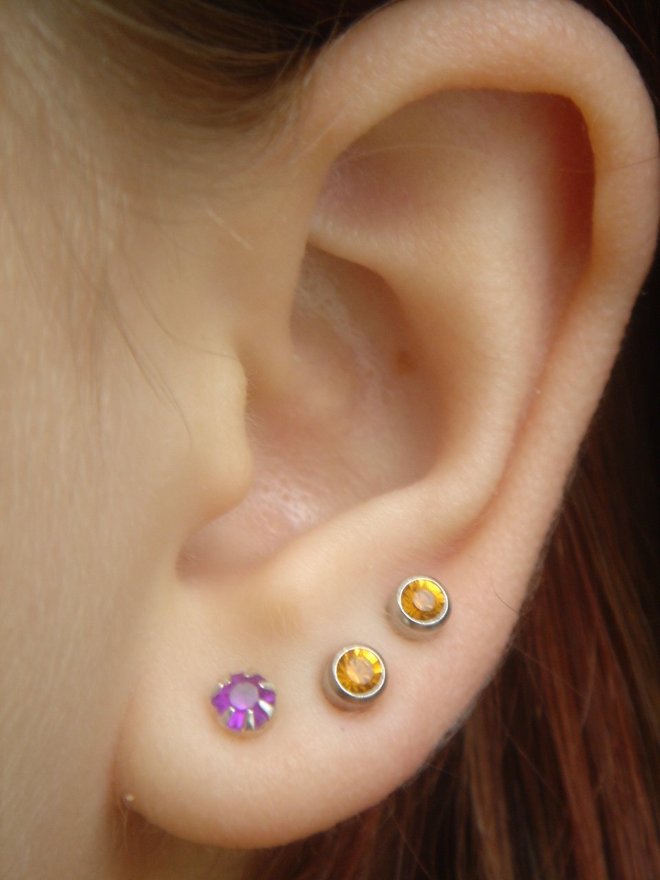 simple earlobe piercing