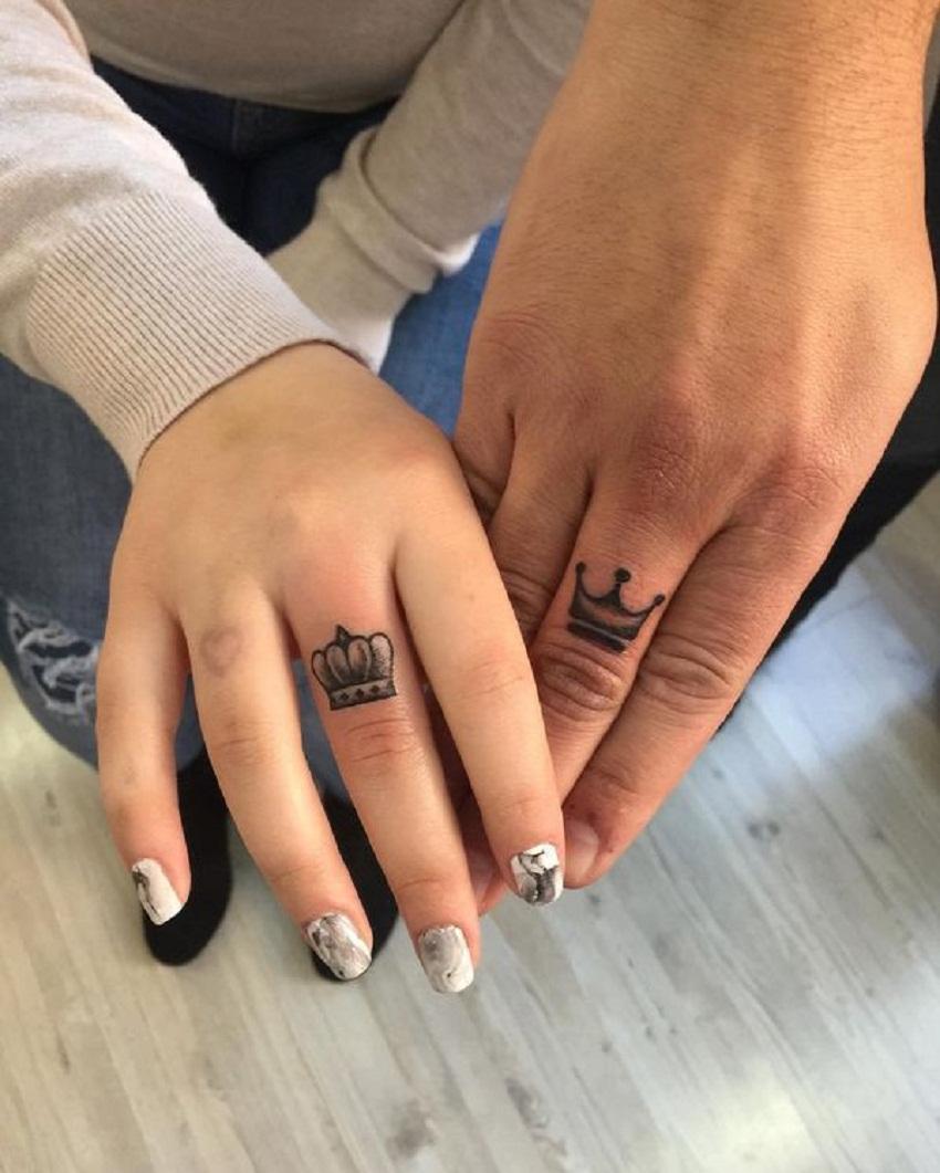 finger tattoo men