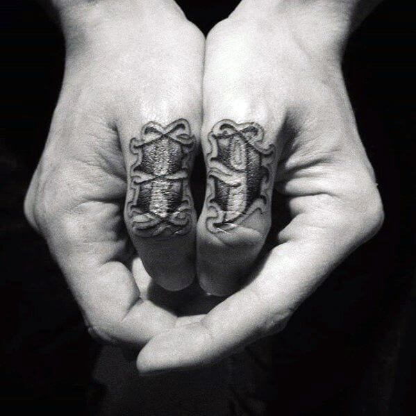 50 Beautiful Hand Tattoos That Are Worth The Pain Tats N Rings