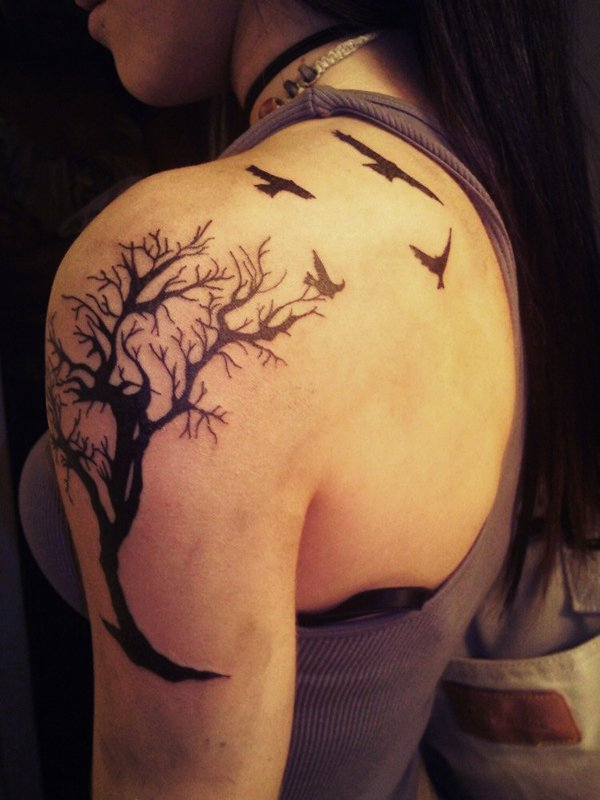 tree of life tattoo shoulder