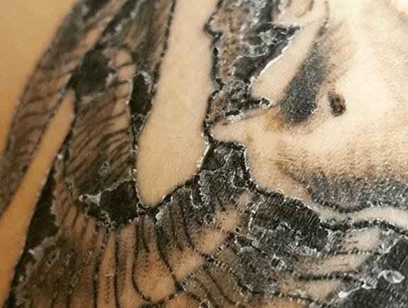 tattoo scab