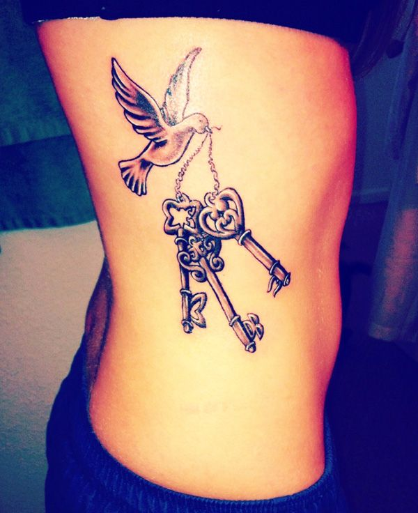 women dove tattoo 10