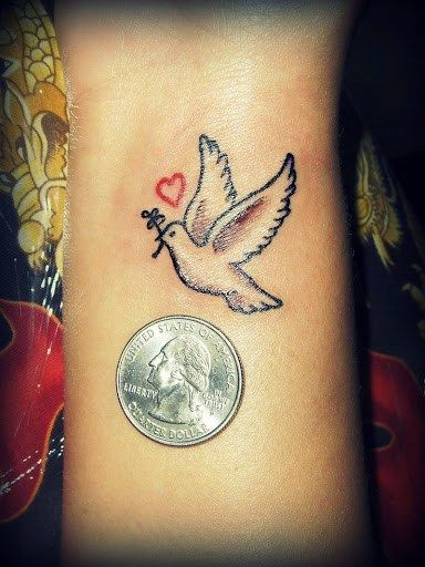 women dove tattoo 4