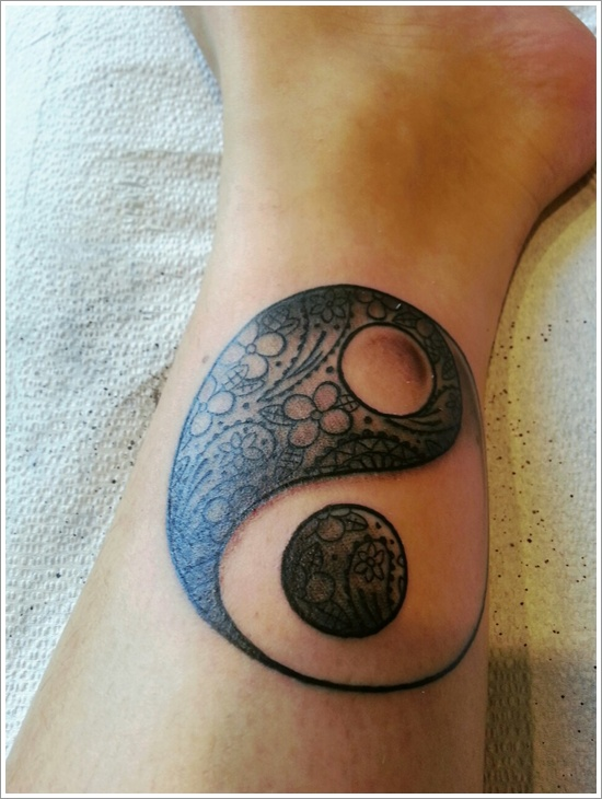 yin yang tattoo women 2