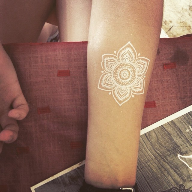 Women White Ink Tattoo 1