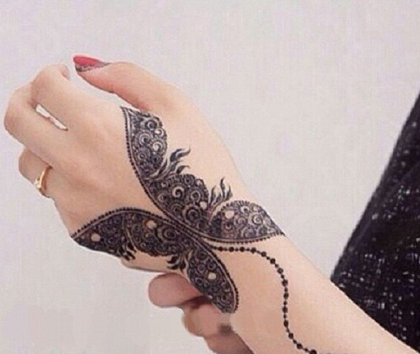 butterfly henna tattoo hand