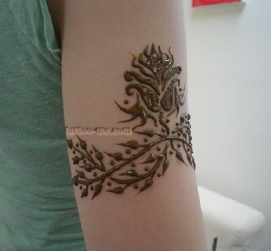 flower henna tattoo arm