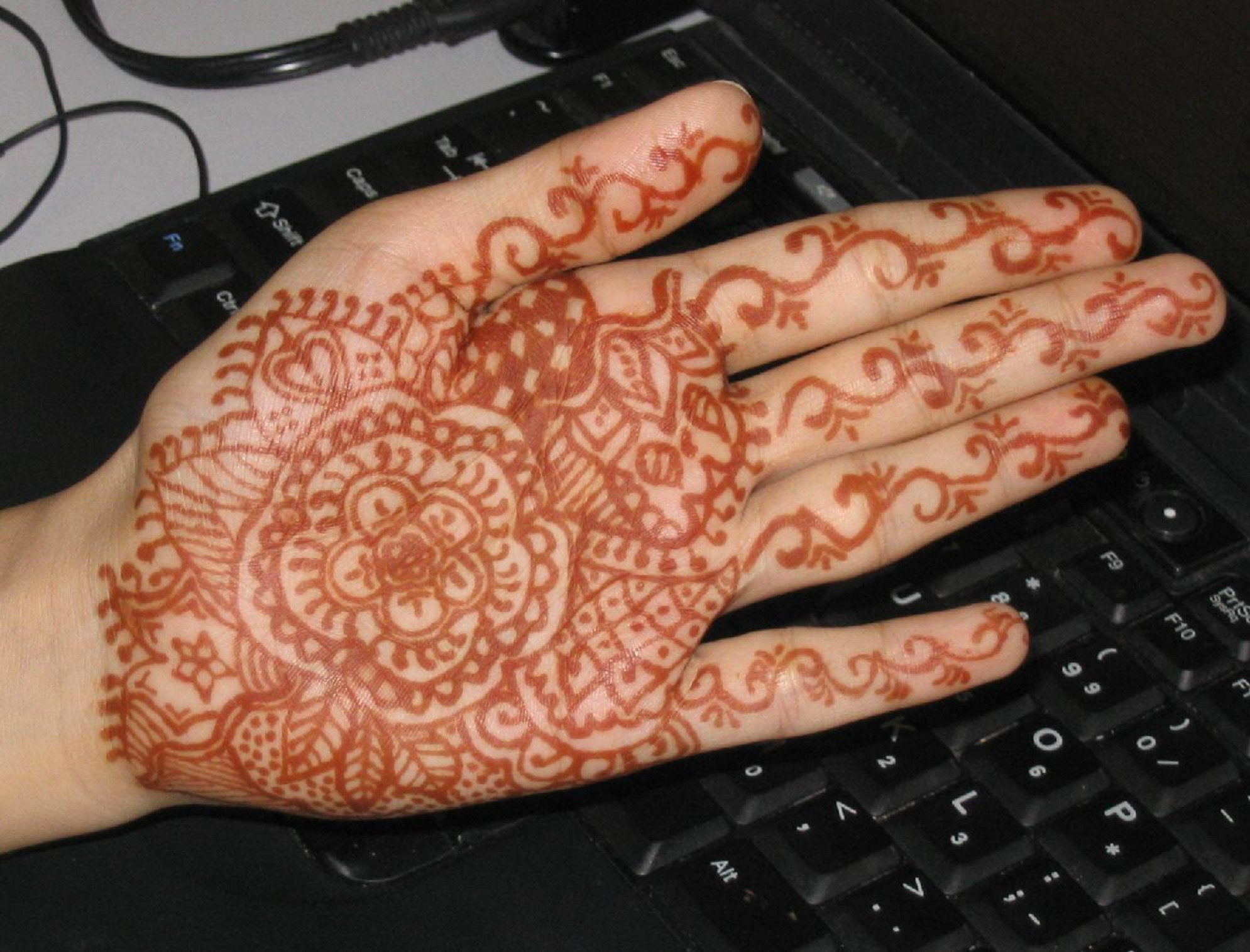 flower henna tattoo hand