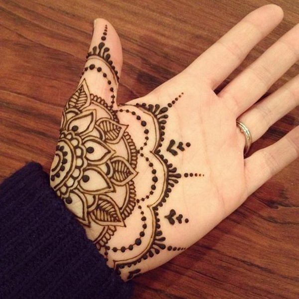 henna tattoo palm