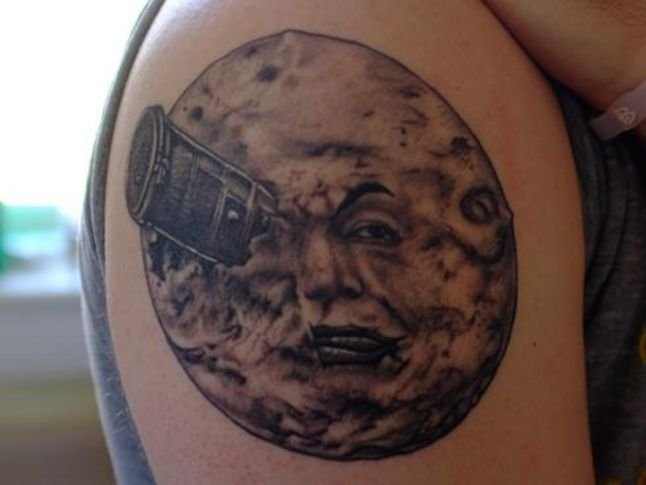 men moon tattoo 5