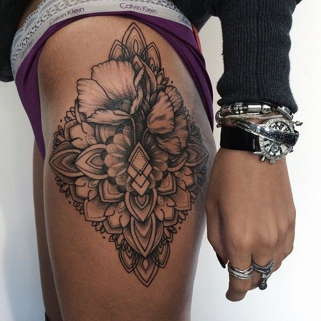 geometric thigh tattoo 3
