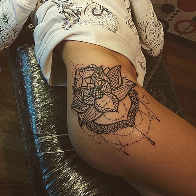 mandala thigh tattoo 5