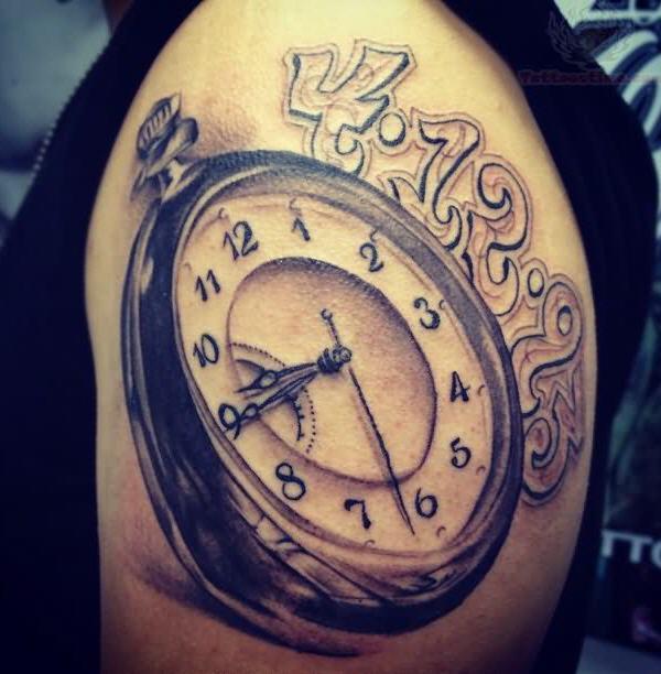 36-Clock-Tattoo-On-Men-Left-Shoulder.jpg